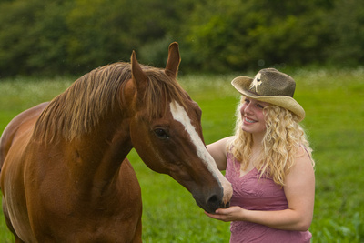 Senior portrait photography, Photograph of high school senior and horse